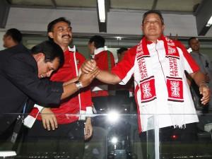 Apakah Ketua PSSI seperti ini yang dibutuhkan sepak bola Indonesia? (FOTO: VIVANEWS.COM)
